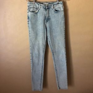 Forever 21 Light Wash Mid-Rise Jeans